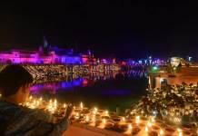 300,000 velas en Ayodhya - India
