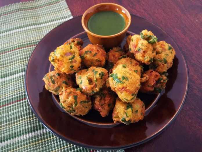 pakoda comida india