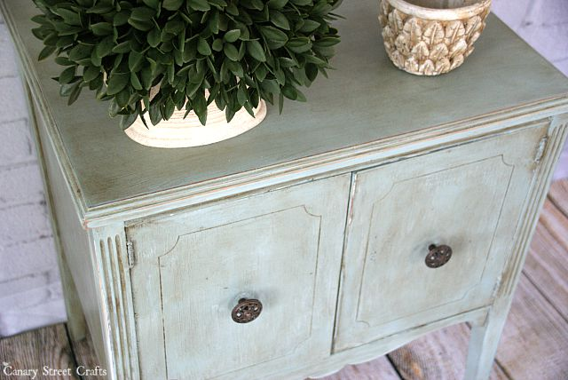 Table painted with Annie Sloan's duck egg blue chalk paint and dark wax. Lots of furniture makeovers and tips on this website!