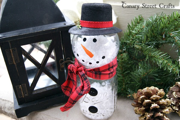 DIY Mason Jar Snowman {Canary Street Crafts}