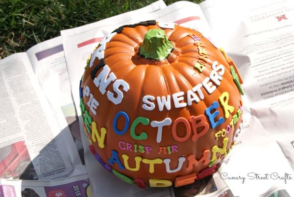 Easy DIY Fall Subway Art Pumpkin!  {Canary Street Crafts}