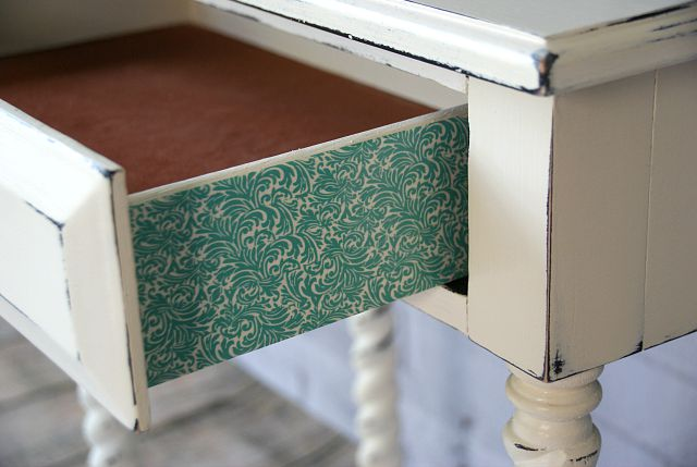washi-tape-on-furniture