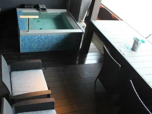 記念日を祝う宿 別邸KUROの部屋風呂
