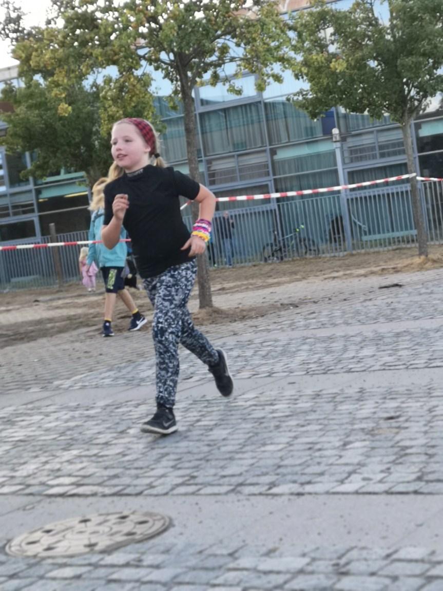 Supergirl rennt um Euer Leben; Emmas Sponsorenlauf