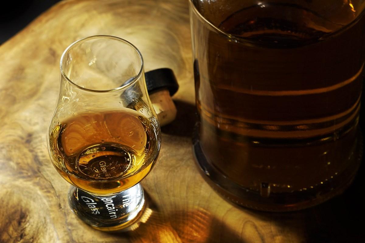 Виски «помогает бороться с раком»