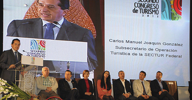 Carlos Joaquín apoyo