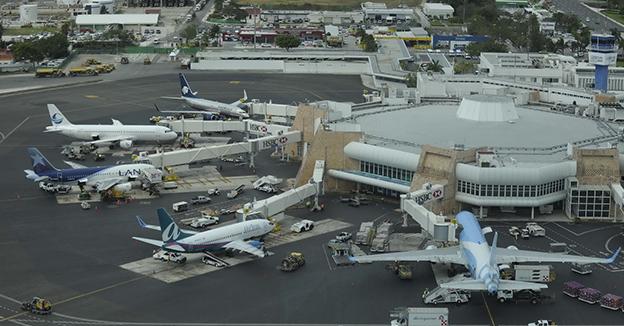 Aeropuerto Cancún QR