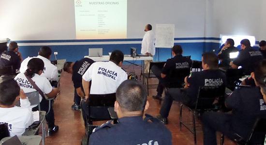 policias capacitacion