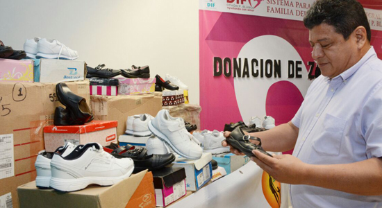 donacion-de-zapatos-chetumal2