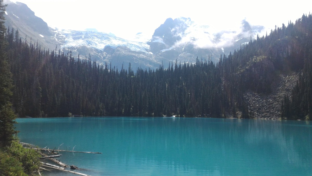 Hiking Guide: Joffre Lakes