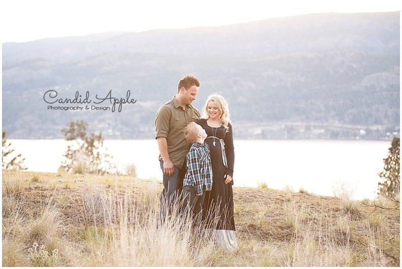 Knox_Mountain_Park_Family_Maternity_Photographers__0005