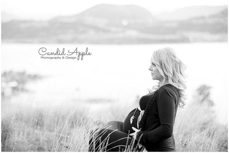Knox_Mountain_Park_Family_Maternity_Photographers__0012