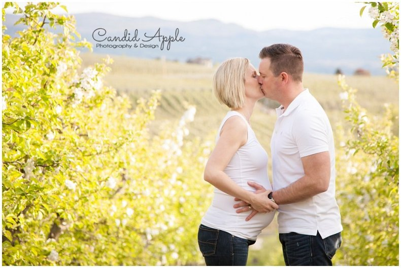 Kelowna_Baby_Bump_Maternity_Portrait_Photographers__0024