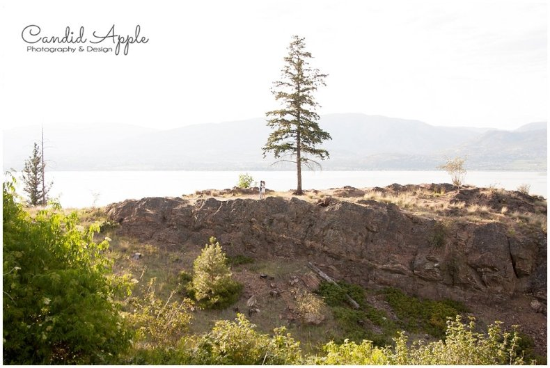 Kelowna_Bertram_Creek_Park_Engagement_Photographers__0011