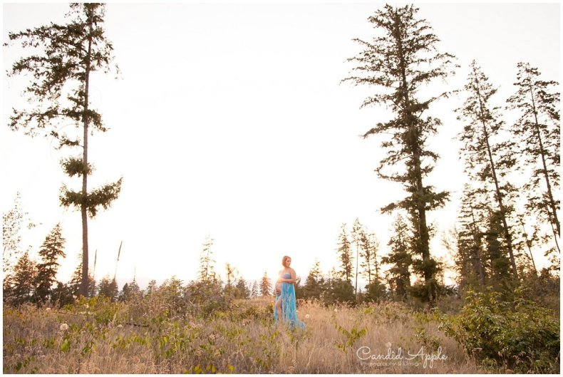Kelowna_Mission_Creek_Park_Maternity_Photographers_00015