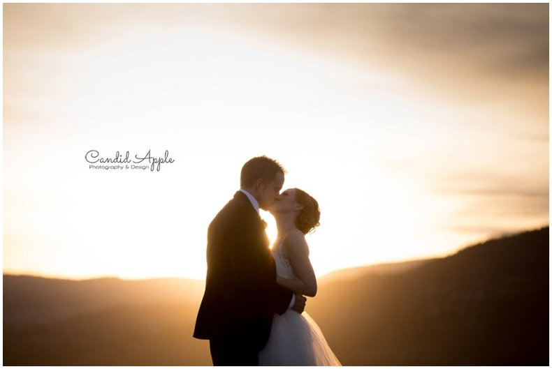 Bride & Groom at Sunset at Kelowna's Hotel Eldorado