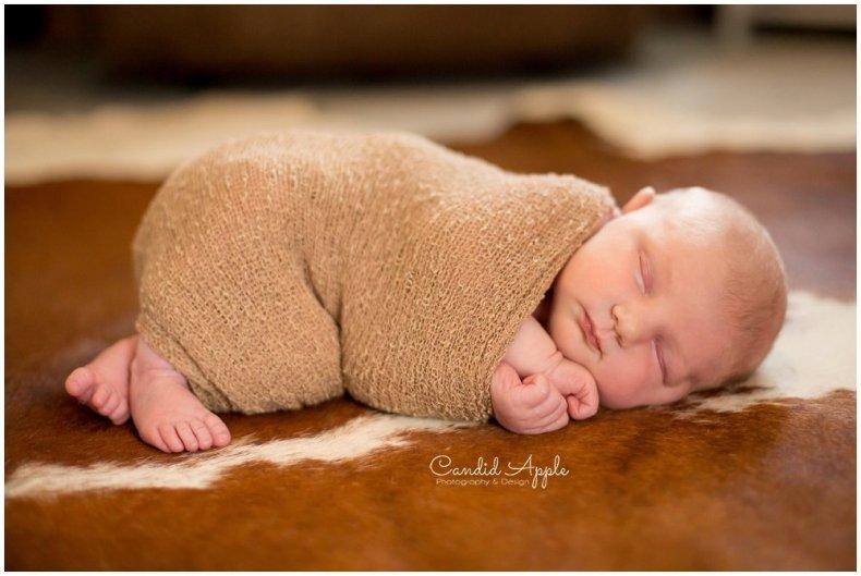 Kelowna-Newborn-Photographer_0006