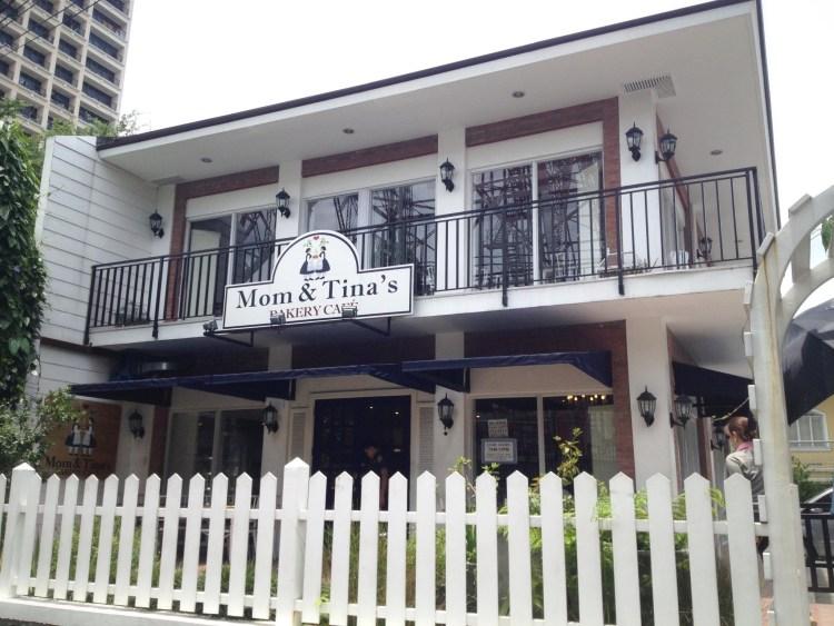 Mom and Tina's Bakery & Cafe