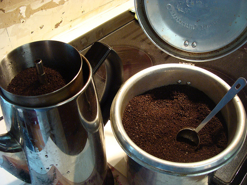 percolator coffee brewing