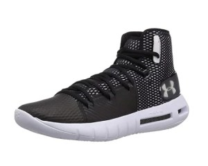 Under Armour Men's Drive 5 Basketball Shoe for wide feet