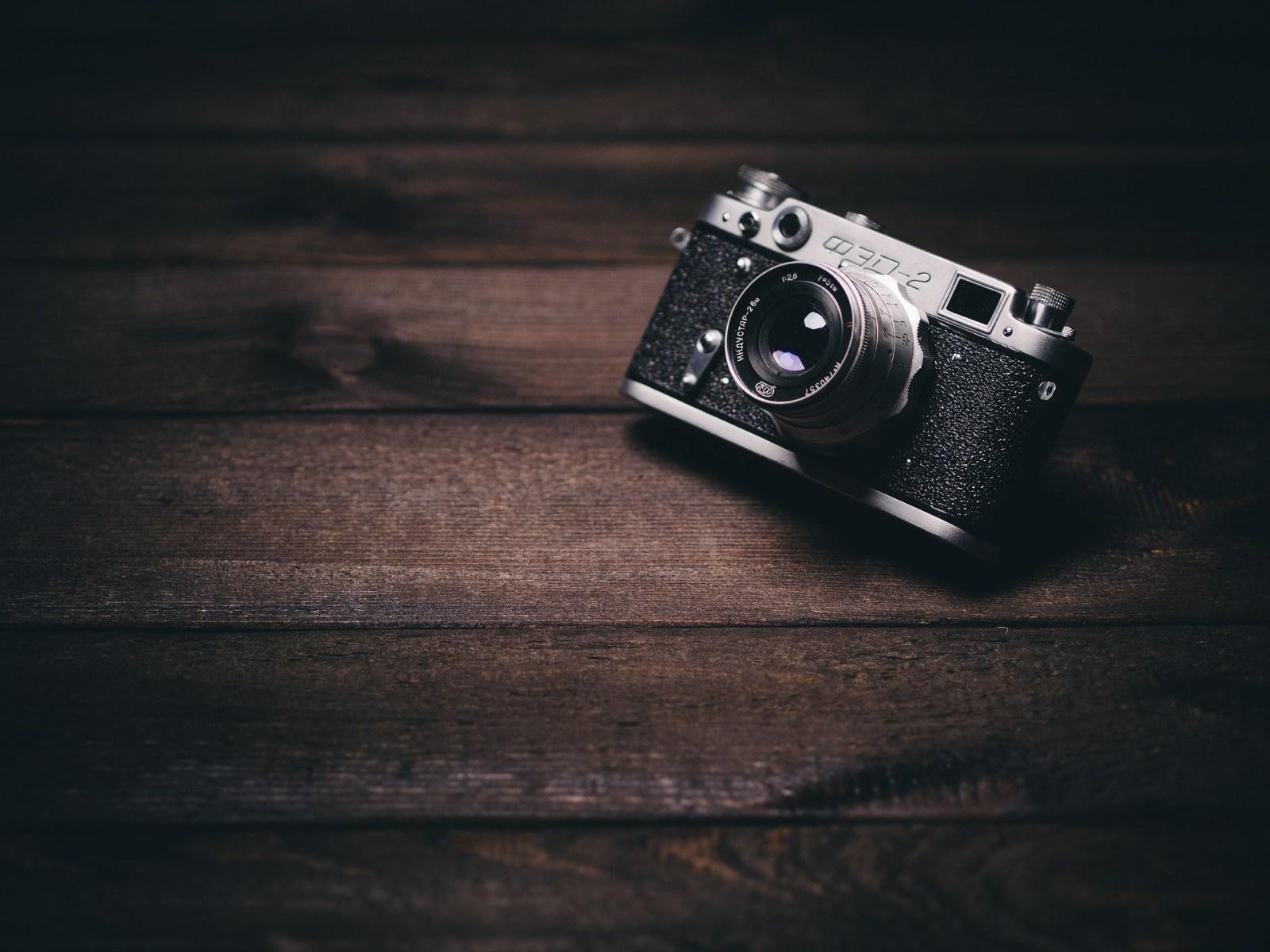 Vlogging cameras under $100