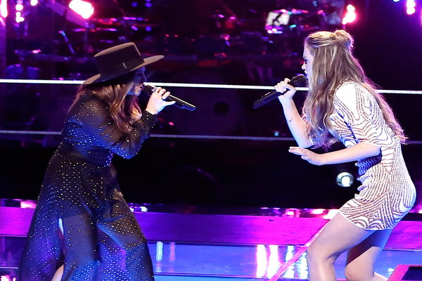 """Watch The Voice Season 10 Episode 8 The Battles Round 3: See """"Curly Sue"""" star Alisan Porter battle 18 year old blues singer Lacy Mandigo (of Team Christina) in a showstopping performance of The Mamas and the Papas' classic song """"California Dreamin'."""""""