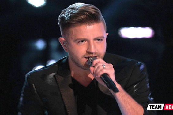 "Watch The Voice Season 11 Episode 21 Live Top 10 Performances Videos! See front runner Billy Gilman of Team Adam Levine kicked off tonight's episode by covering Martina McBride's inspirational song ""Anyway"" beautifully!"