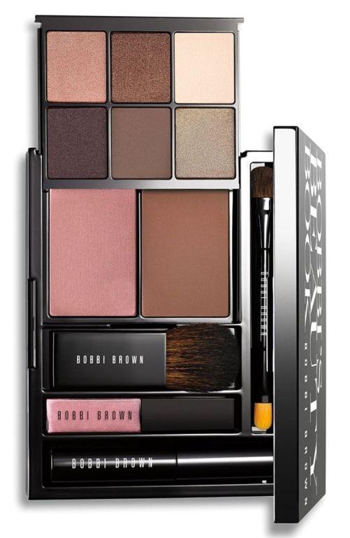 Bobbi Brown 'Bobbi's Beauty Book' Eye, Cheek & Lip Palette (Nordstrom Exclusive) ($165 Value) Nordstrom winter sale