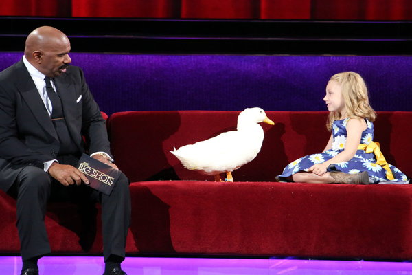"Watch Little Big Shots Season 2 Episode 3 ""New Sheriff In Town"" Videos, Sunday, March 19, 2017. Meet six year old Kylie and her duck best friend ""Snowflake"" of Freeport, Maine. They are too cute! Kylie tried to convince Steve Harvey to kiss the duck. This was such a cute little segment. Be sure to watch! I'm pretty sure I need a pekin duck now. ;)"