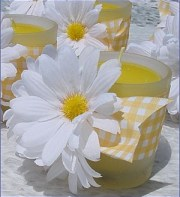Daisy candle centerpiece