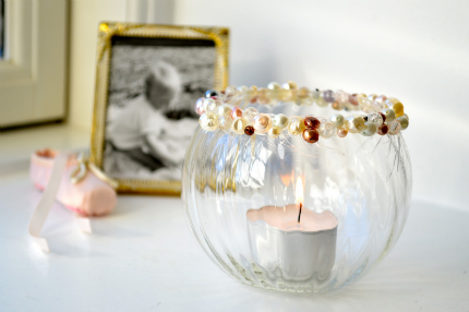 Pearl-Accented Candle Bowl