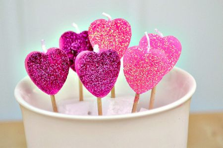 diy-candle-craft-valentines-day-heart-candles