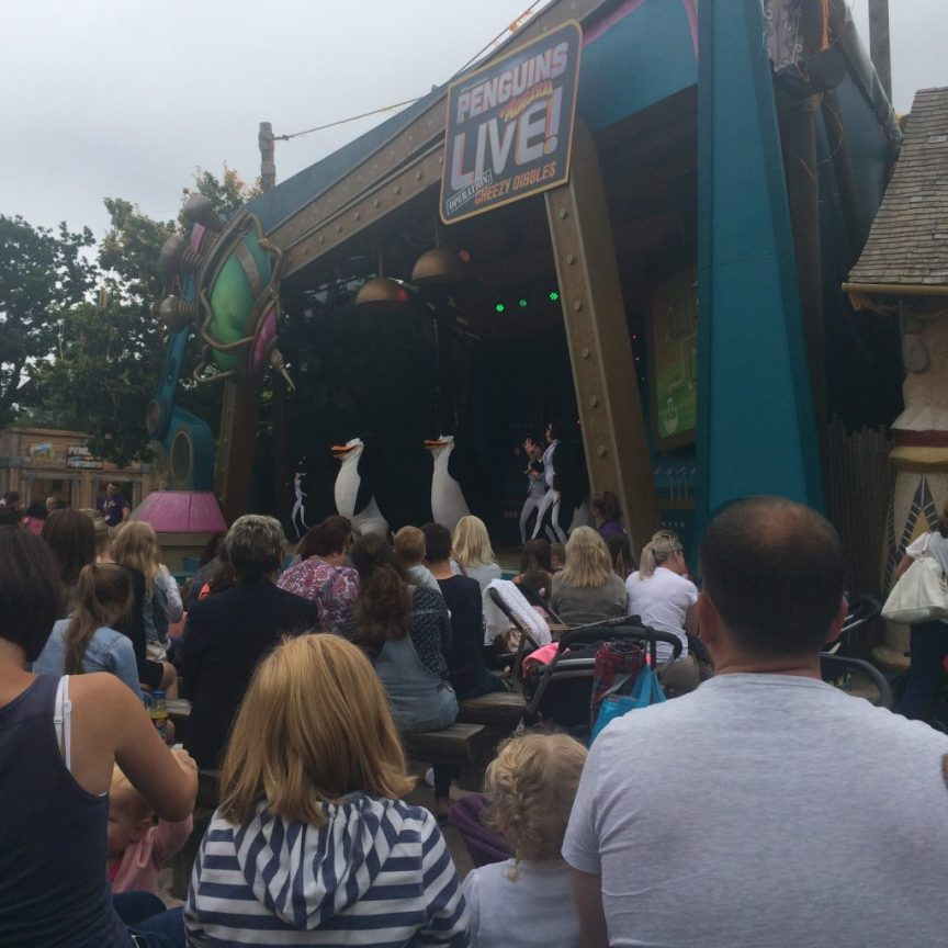 penguins of madagascar show, chessington