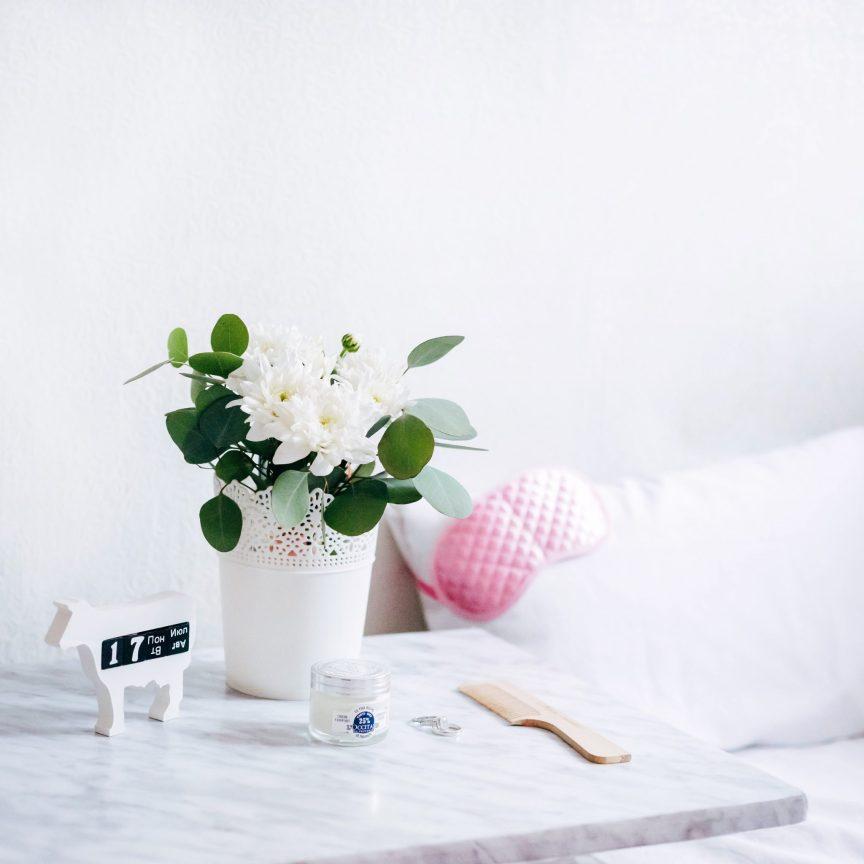 Sleep, clutter free bedroom