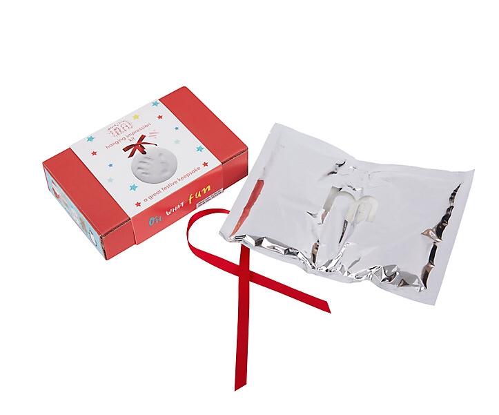 newborn impression kit, newborn gifts that make me cringe