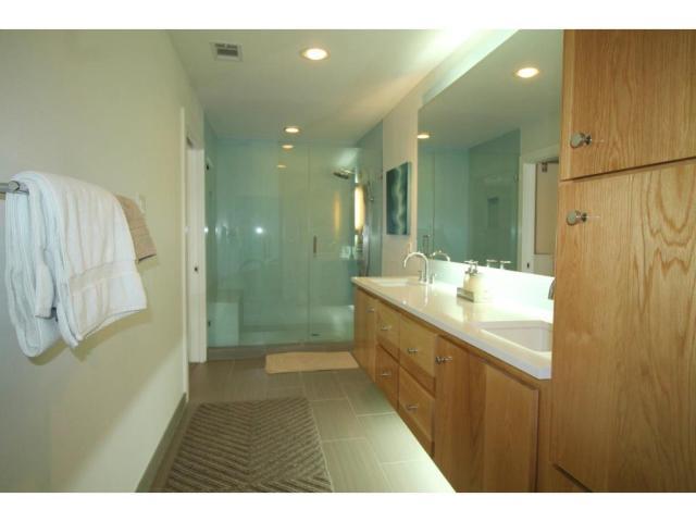11316 Valleydale guest bath