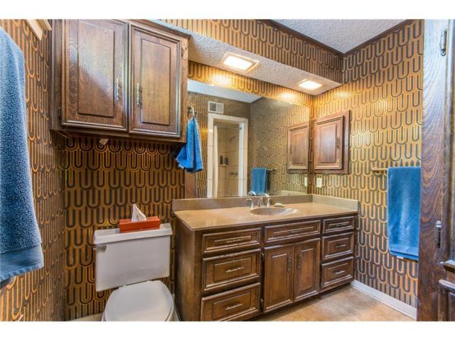 10225 Betty Jane Lane bathroom wild