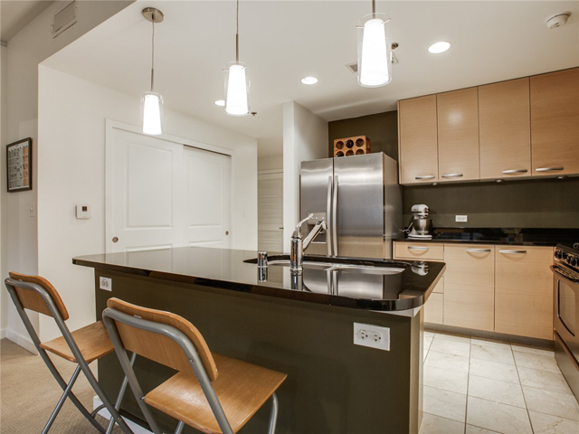 1200 Main #409 Kitchen 2