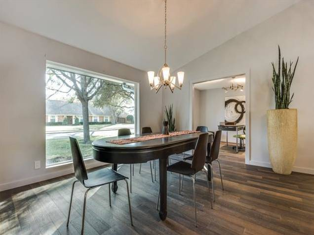 3239 Whirlaway Road Dining