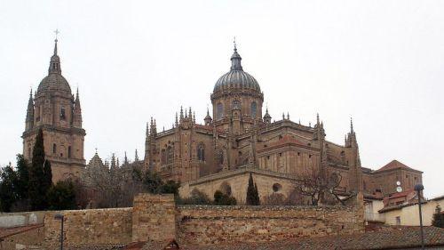 Catedral de Salamanca - vista do lado do rio