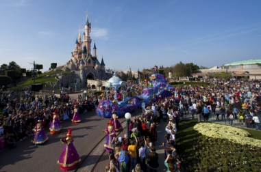 10-Disney_Magic_on_Parade_5