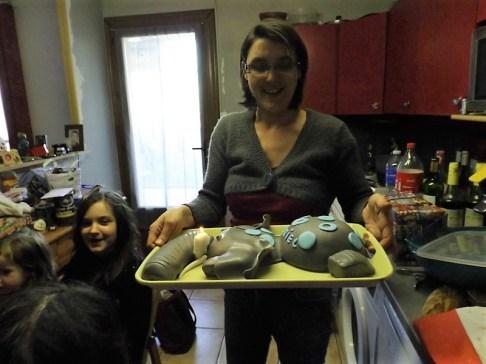 Gâteau éléphant en pâte à sucre pour les 1 ans de Gabriel5 (2)