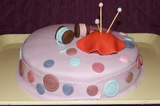 Gâteau pâte à sucre thème couture