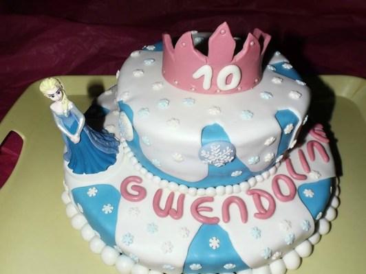 Gâteau Princesse Reine des Neiges en pâte à sucre pour Gwendoline