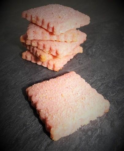 Sablés aux biscuits roses (2)