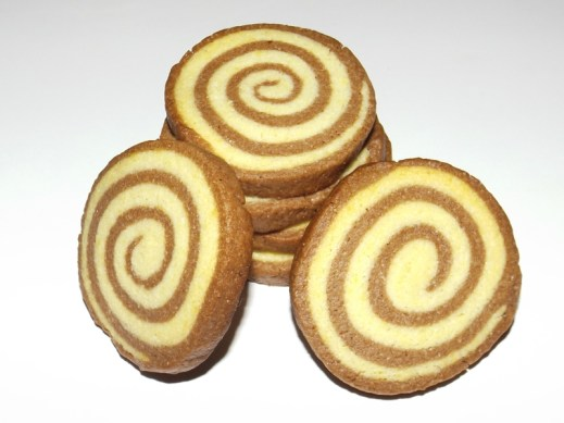 Sablés escargots ( vanille et chocolat ).jpg