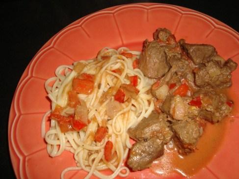 Boeuf sauté aux tomates et au poivre de sichuan