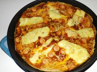 Pizza-omelette aux knackis4