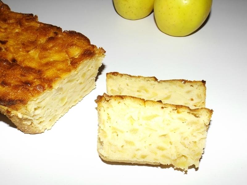 Cake fondant gourmand aux pommes et au citron.jpg