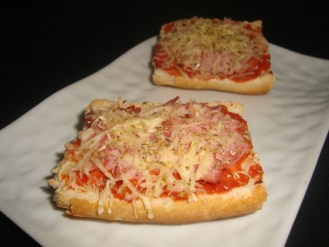 Tartines jambon gruyère façon pizza2
